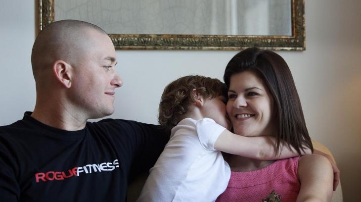 Pais Filho Psicologia Treino Comportamental Abraço