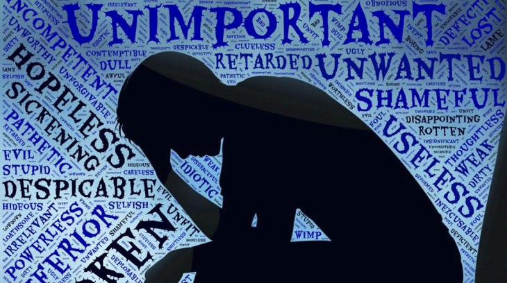 Pessoa com depressão, pensamentos distorcidos, dor, tristeza