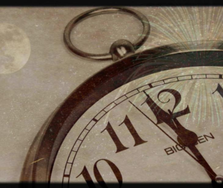 Relógio marcando meia-noite, fogos, céu estrelado e Lua