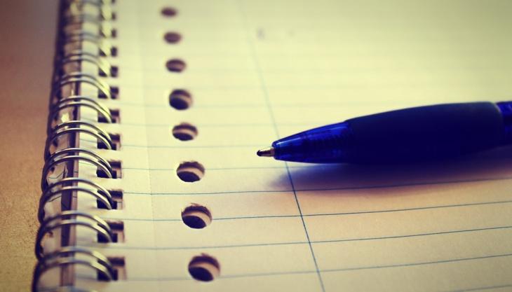 Caneta e caderno, papel, escrever