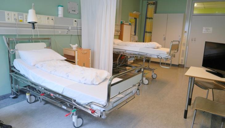 Leito hospitalar cama hospital
