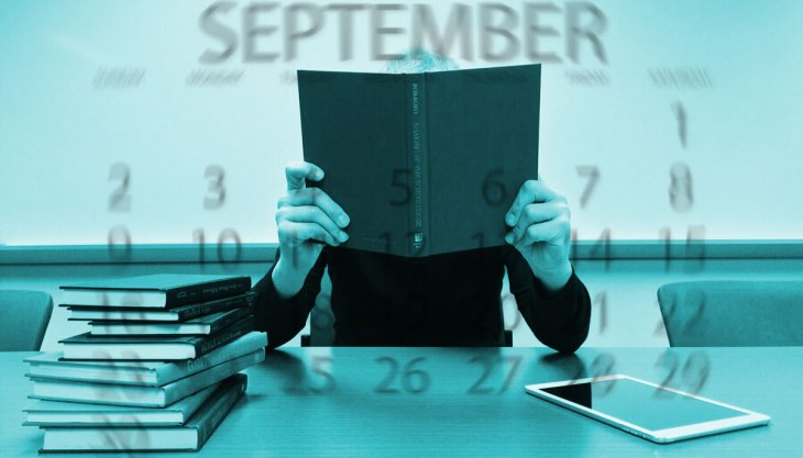 Livros estudos lendo tablet setembro